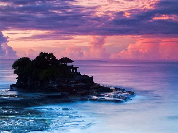 <巴厘岛4晚5日甜蜜特惠>蜜月湾-玻璃底船-海龟岛、阿勇河漂流纯玩